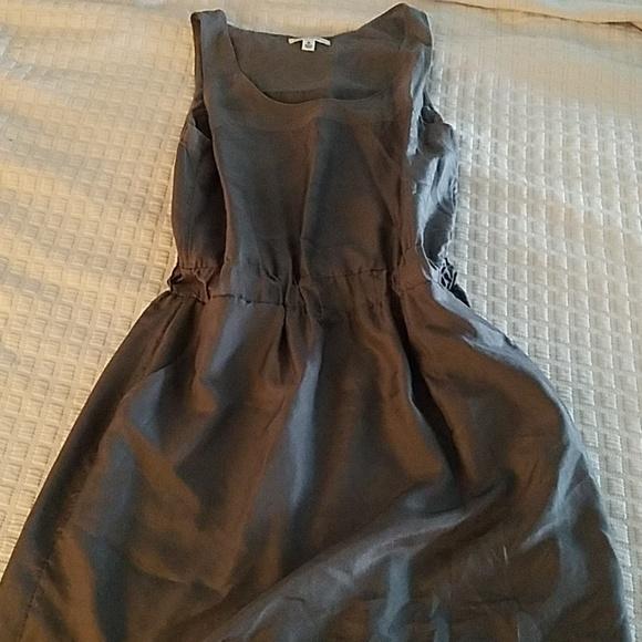 Banana Republic Dresses & Skirts - Banana Republic gray sleeveless silk dress